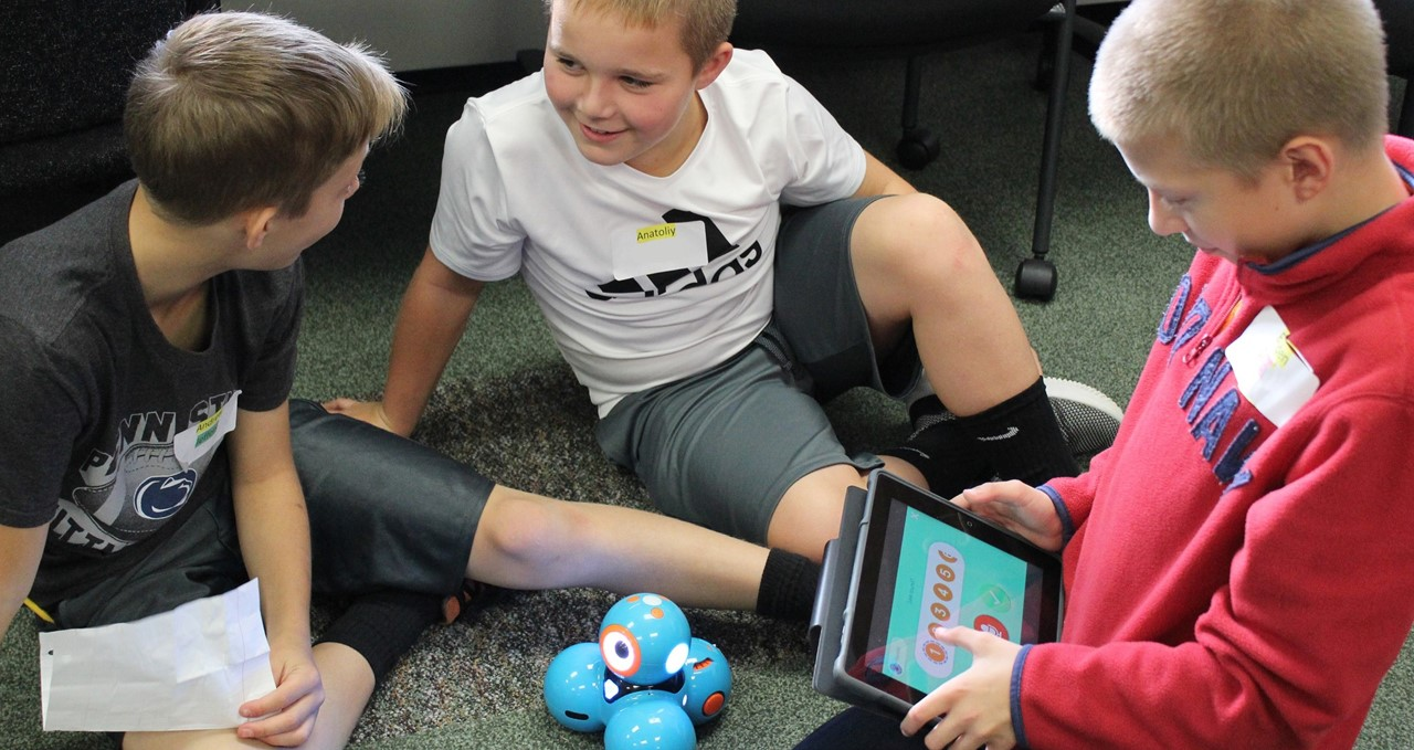 Programming dash and dot robot