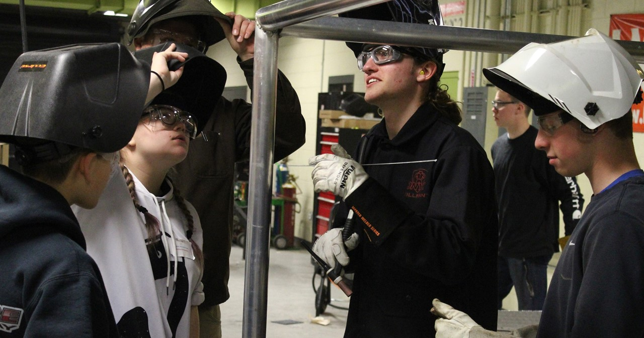 8th-graders visiting BOCES 2 CTE welding lab.